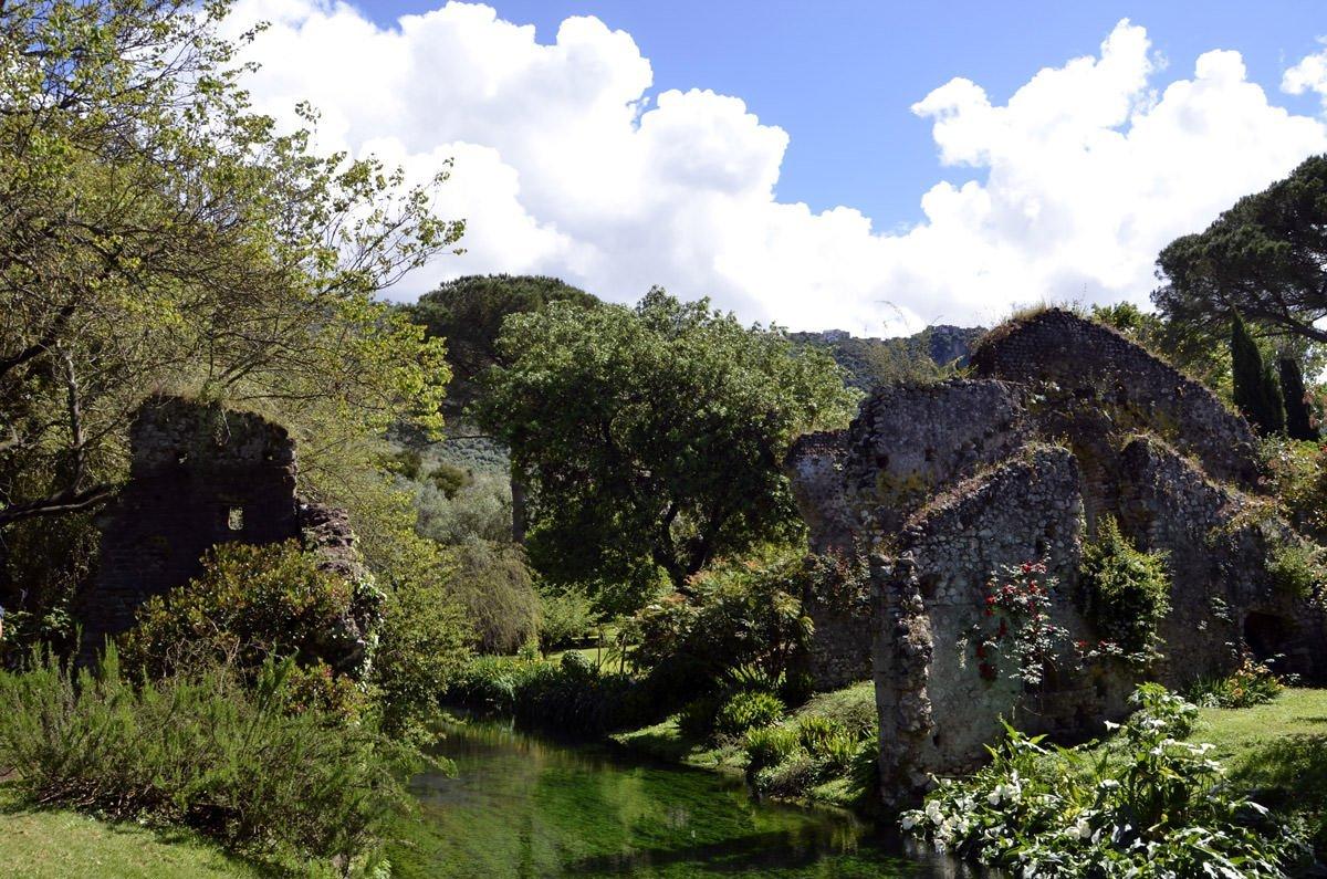 Giardino Di Ninfa L 39 Eden Sognato Dalle Donne Caetani